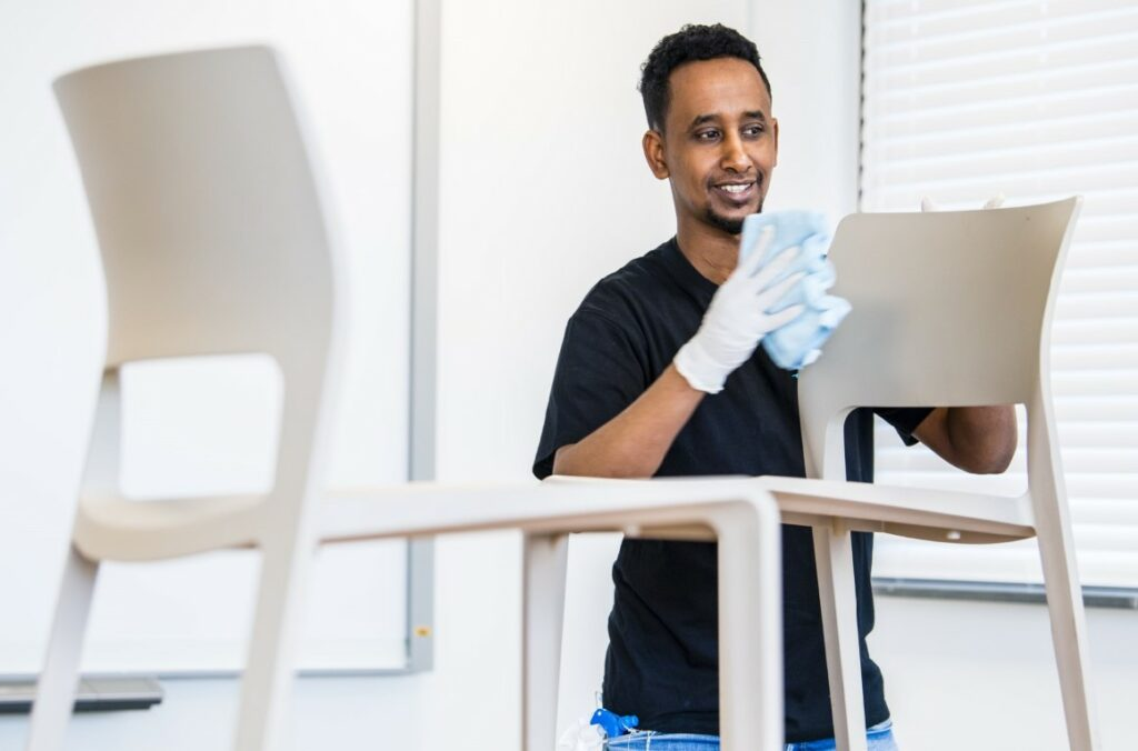 Cleaning Masters is op zoek naar kandidaten voor een studentenjob in de schoonmaak in de regio Oostkamp.