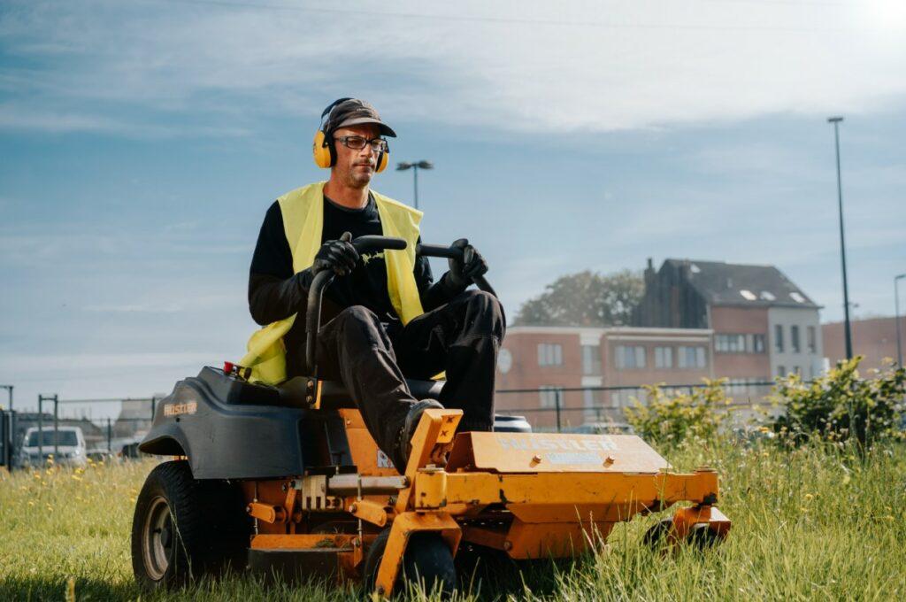 Vacature: Green Masters is op zoek naar een ervaren tuinman (m/v/x) voor een voltijdse job in het groenonderhoud in de regio Antwerpen.