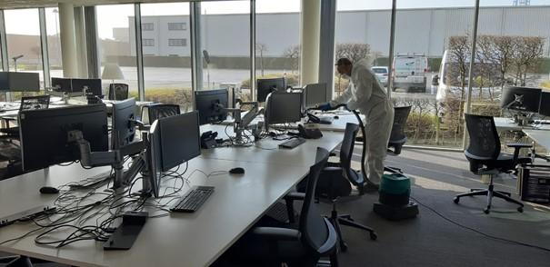 Terug naar kantoor na corona: een nieuwe aanpak voor de schoonmaak.