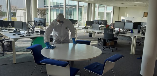 Many people will go back to the office soon after the corona pandemic. That asks for a new way of cleaning because employees want a clean and virus-free working environment.