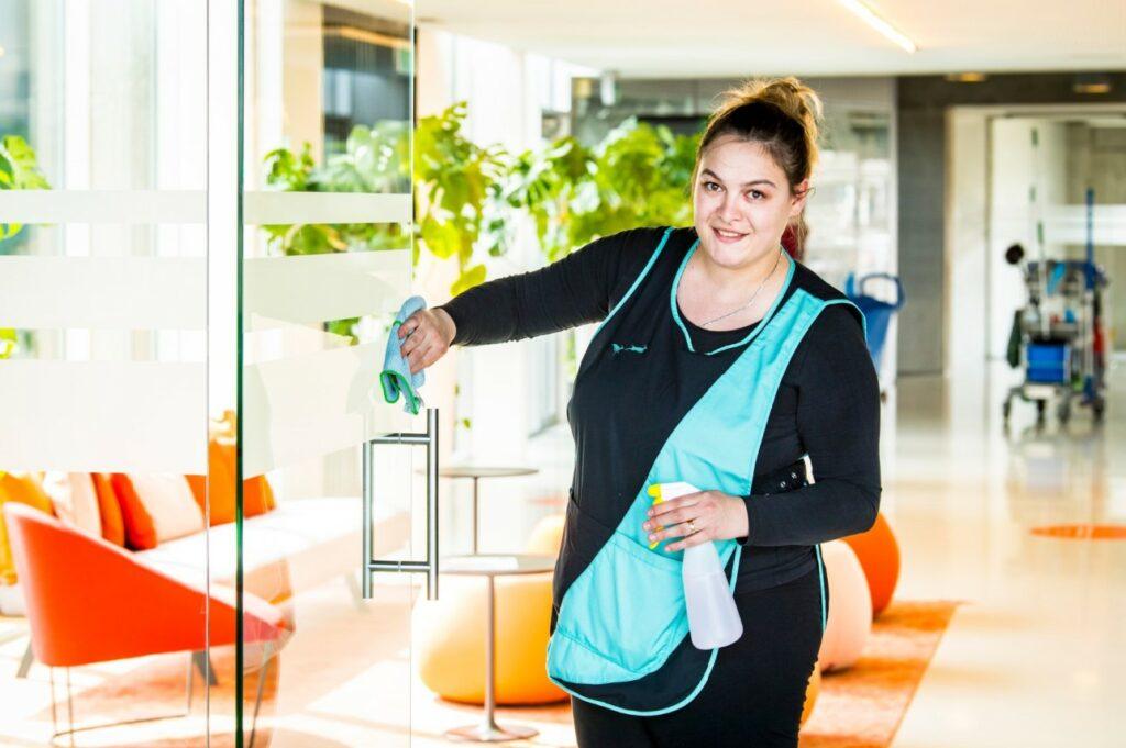 Cleaning Masters heeft een vacature voor deeltijds schoonmaak personeel in Merksem (bij Antwerpen)