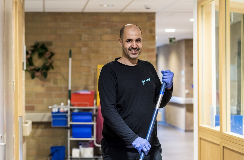 Schoonmaakbedrijf Cleaning Masters is op zoek naar schoonmaak personeel om onze klanten in Schoten (bij Antwerpen) te 'ontzorgen'.