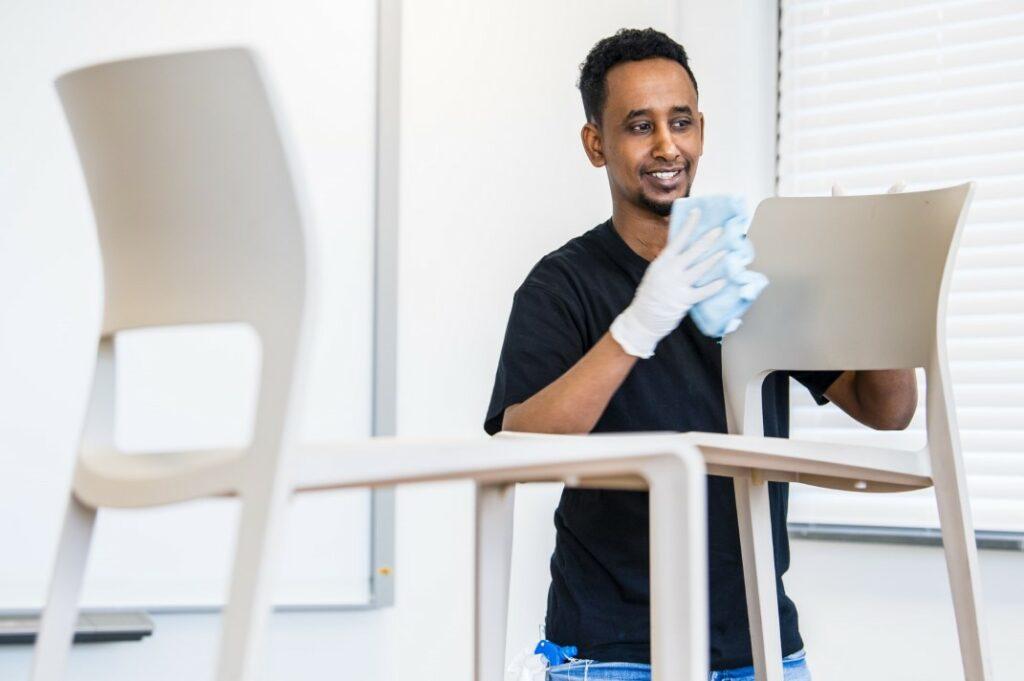 Cleaning Masters is op zoek naar personeel voor de schoonmaak van kantoren in Brasschaat (bij Antwerpen).